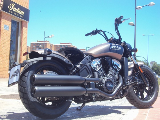 venta_moto_indian_scout_bobber_escapes