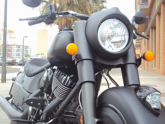 venta_moto_nueva_indian_chief_dark_horse_frontal