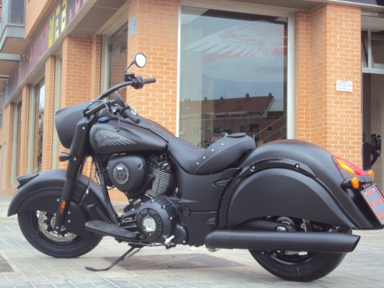 venta_moto_nueva_indian_chief_dark_horse_lateral