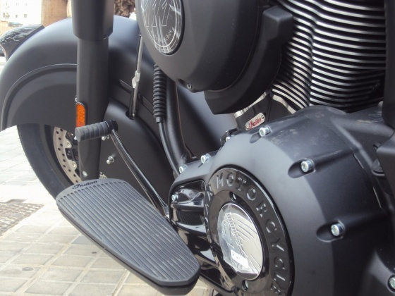 venta_moto_nueva_indian_chief_dark_horse_pedal_cambio