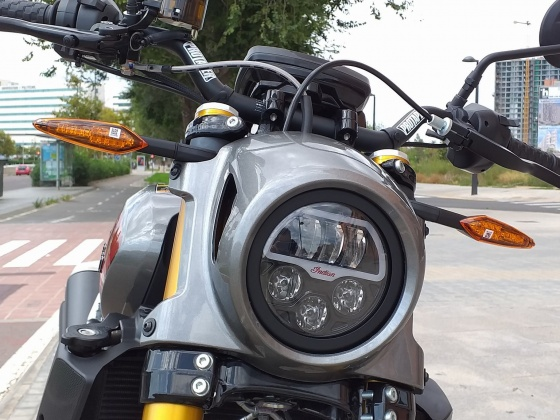 venta_moto_nueva_indian_ftr_s_frontal_741419136