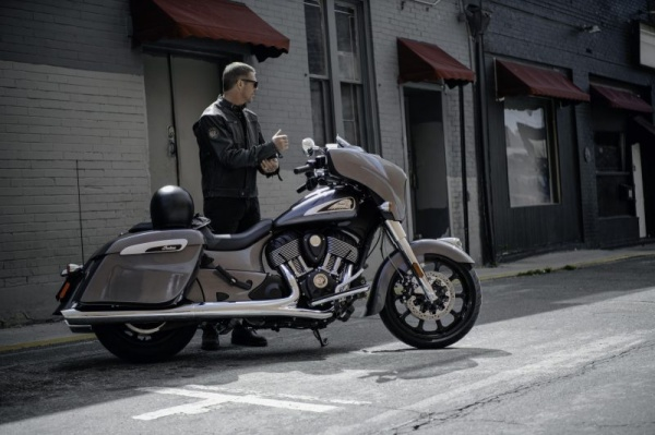 venta_motos_indian_chieftain_calle