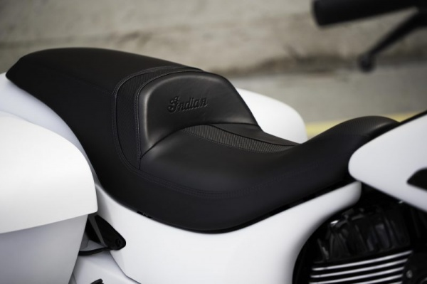venta_motos_indian_chieftain_dark_horse_asiento