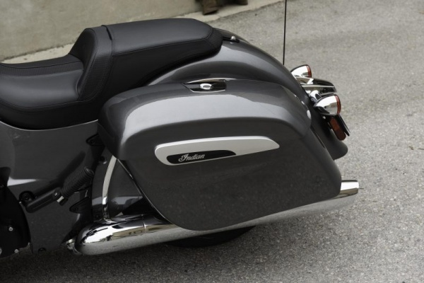 venta_motos_indian_chieftain_maleta