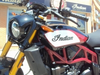 moto_nueva_indian_ftr_1200_s_frontal